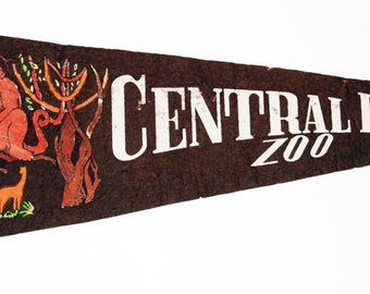 Genuine Vintage 1950s-'60s era Central Park Zoo Felt Pennant — Free Shipping!