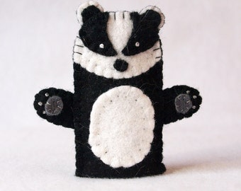 Badger finger puppet, felt finger puppet, badger felt finger puppet, finger puppet, badger puppet, badger