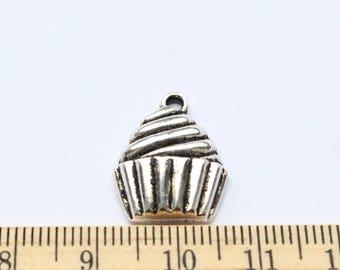 6 Cupcake charms - EF00208