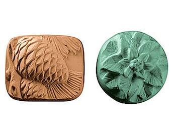 Pinecone Poinsettia Soap, Soap Set, Guest Soap, Novelty Soap, Christmas Soap, Winter Soap, You pick scent & color