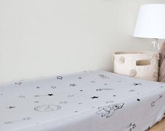 Gray organic changing pad sheet, changing pad cover, stars print, origami,baby bedding,organic crib sheet, pack and play sheet