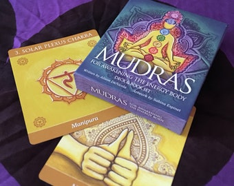 Solar Plexus Chakra Oracle-Guided Meditation with Mudra