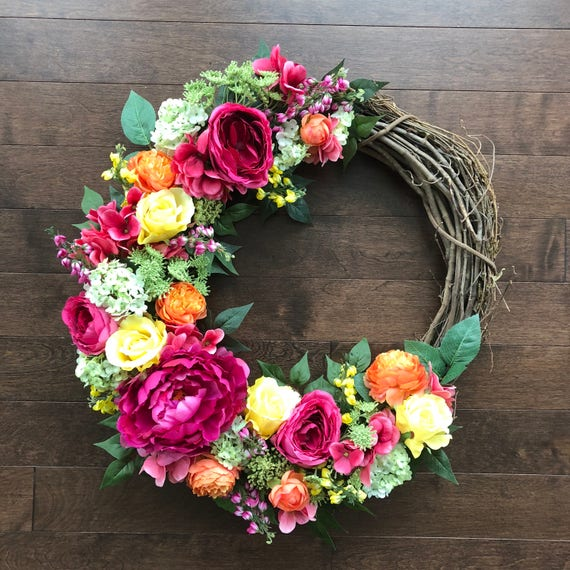 Pretty Summer Wreath