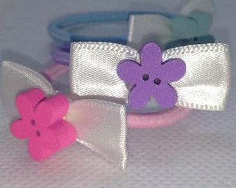 Set of 3 Children's elastic hair ties.