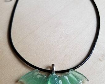 Green Bat Necklace / Bat Choker / Bat Jewelry / Vampire Bat / Pastel Goth Jewelry /Gothic Choker / Vampire Bat Necklace / 90s Grunge Choker