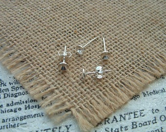 The pair of stud earrings extra Pearl Sterling Silver 5mm nickel plated