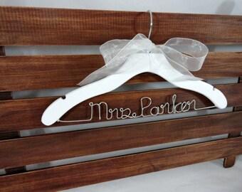 Custom Hangers - Bridal Dress Hangers - Wedding Ceremony - Personalized Wedding - Bride Gift - Wired Hanger - Coat Hanger -  Hangers Wood