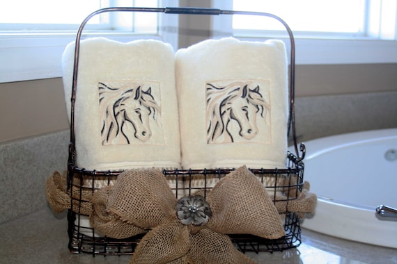 Custom Set (2) of Monogrammed Bath Towels