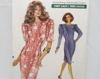 Vogue 7469 Very Easy Misses/Misses Petite Dress Size 18-20-22 UNCUT