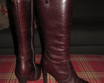 Vintage , Never Worn , Aldo Brown Leather Stiletto Boots , 4 inch heel , full inside zipper , Size 38.