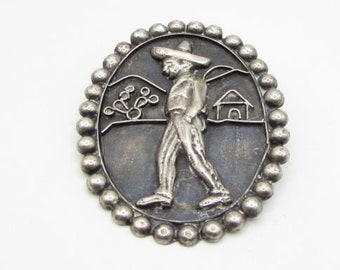 925 sterling silver - vintage antique man with sombrero brooch pin - bp1024
