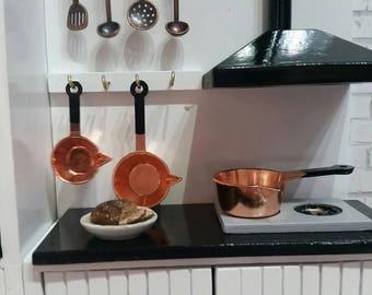 Blythe Cookware set