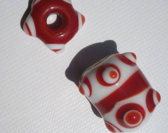 Duo of red and white beads alternate red and white dots