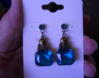 Sadie Green pierced aqua heart earrings