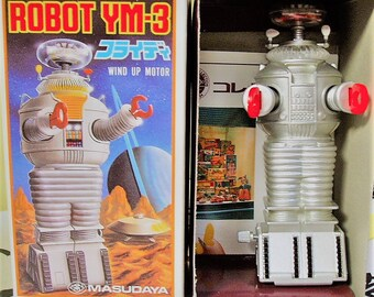 FREE Domestic Shipping 1985 Wind Up YM-3 Robot Lost In Space Classic