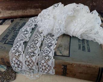 Antique White Needle Lace - Vintage Soft White Lace Trim, Needle Lace, Dress Trim, Millinery Lace, Bridal Dress, White Floral Lace, 4 YARDS