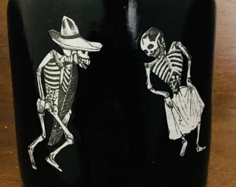 CLEARANCE! Dia de Los Muertos Posada Art:  flower vase POAK
