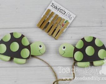 Green and Brown Mod Turtle Wooden Wall Art DISPLAY CLIPS for Kids Bedroom Baby Nursery Playroom AC0029