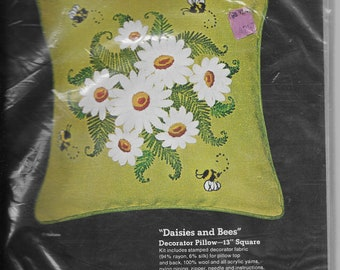 Daisies and Bees Embroidery Pillow Kit*Vintage Sultana Needlecraft Kit*Kit No 1266*1970's Pillow Kit*13 Inch Decorator Pillow*Out of Print