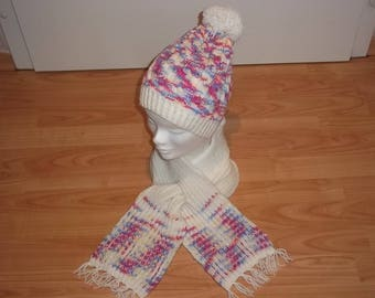 Set of hat and scarf