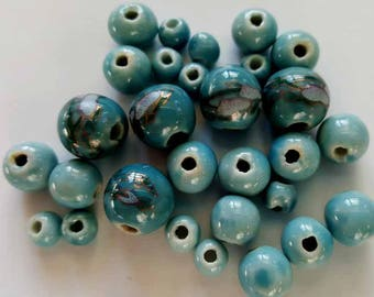 Round painted porcelain beads