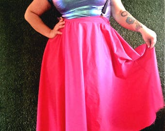Your new favorite skirt with pockets custom made to your size and length available in a myriad of colors and prints