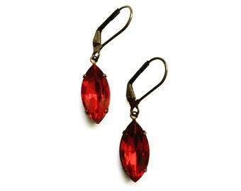 Vintage Glass Earrings / Ruby Red Earrings