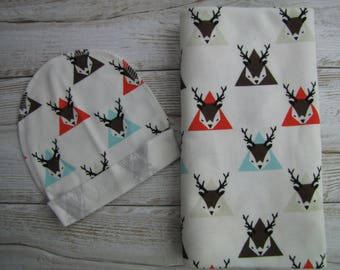 Baby swaddle set. Baby swaddle blanket and beanie. Baby cotton blanket. Cotton swaddle. Deers swaddle.
