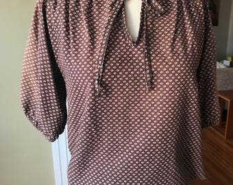 Vintage CAT 5 puff sleeve blouse with tie and floral pattern