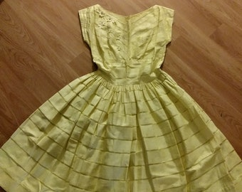 Vintage 1950s 50s summer full skirt day dress sz xs