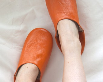 Women's Orange Leather Babouche Slippers || Traditional Moroccan Babouche || Indoor Shoes Hand Dyed || Natural Colour || Orange