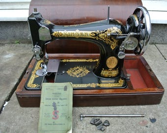 Singer 28K HandCrank Vintage Sewing machine
