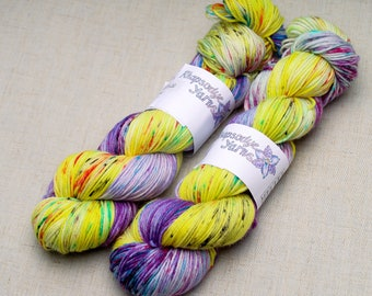 Hand dyed yarn 'Hearts Delight'