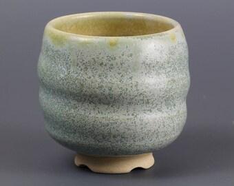 Yunomi, Teabowl in Freckles Glaze