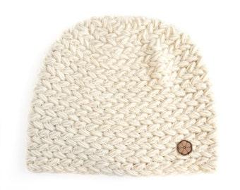 Bonnet blanc, grosse maille 100% alpaga de couleur naturelle, fait main