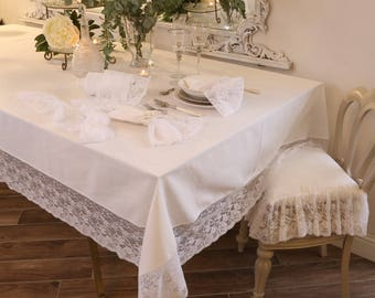 """Tablecloth with lace """"the Princesses"""""""