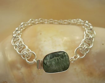Argentium  Silver Parallel Chain Bracelet with Seraphinite Gemstone Box Clasp