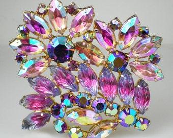 Vintage Pink Violet Lavender Rhinestone Art Glass Brooch Pin Jewelry
