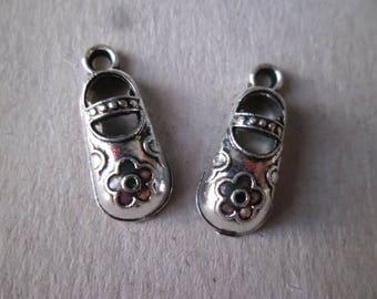 x 4 pendants/charm flower pattern Baby shoe silver 21 x 8.5 mm
