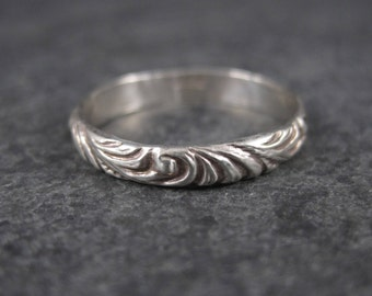 Vintage Sterling Posy Band Ring Size 7.75