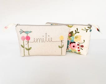 Bridesmaid Makeup Organizer Bag, Bridal Party Gift, Bridesmaid Proposal, Personalized Gift, Floral Make up Bag, Wedding Party Gift