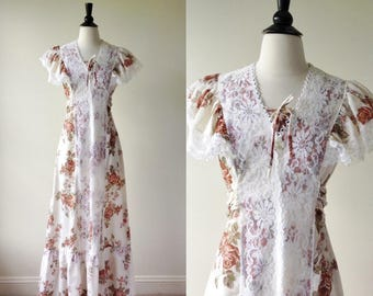 Flowers and Lace BOHO Maxi Dress | 1970s