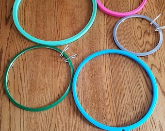 Lot of 5 embroidery hoops