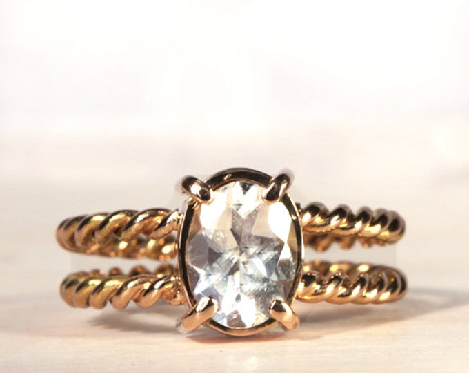 18ct yellow gold ring - memento mori - unconventional engagement ring - moonstone, gold 18ct - made to order