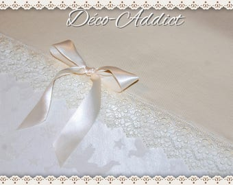Pure vanilla off-white cotton table runner, lace guipuree and satin ribbon