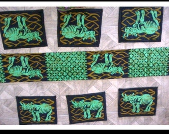 Table placemats and runner