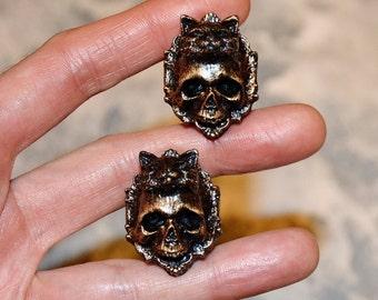 Cats - Steampunk jewelry - Custom plugs - Steampunk earrings - Steampunk plugs - Ear plugs - Skull plugs - Cat earrings - Skull plugs