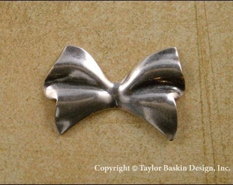 Antiqued Sterling Silver Plated Dapped Bow Charm (item 202 AS) - 6 Pieces
