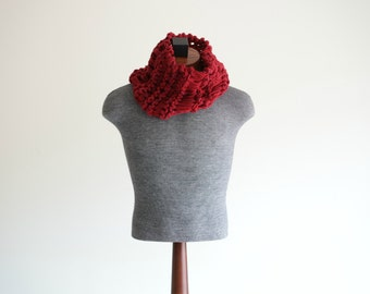 Husband Gift Gift-for-Him Hand Knit Men Scarf Red Men Scarf Mens Red Scarf Cowl Thick Knit Chunky Warm Scarf for Men Neckwarmer