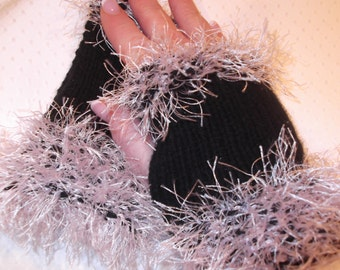 Black Fingerless Gloves,  Black Knitted Gloves, Pink Fun Fur, Unique Stocking Stuffer Idea, Cellphone Accessory, Cold Hands Accessory